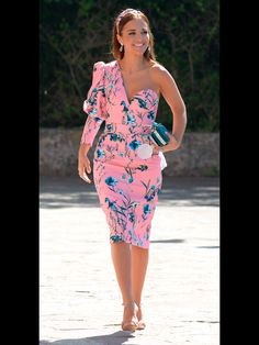 Pink floral print one shoulder midi dress and headdress+nude ankle strap suede heeled sandals+blue velvet embellished clutch+light blue and pink earrings. Spring First Communion Guest Outfit 2017 Cute Dresses, Beautiful Dresses, Casual Dresses, Short Dresses, Summer Dresses, Cute Fashion, Boho Fashion, Womens Fashion, Fashion Tips