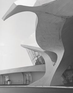 Trans World Airlines (TWA) Terminal, JFK Airport, New York, New York, USA, completed in 1962 by Eero Saarinen and Associates