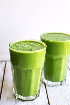Smoothie med edamamebønner Protein Smoothie Recipes, Juice Smoothie, Smoothie Drinks, Fruit Juice, Protein Foods, Healthy Smoothies, Healthy Drinks, Food N, Food And Drink