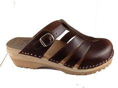 Sandal Clog in Dark Brown  6f1e932b05e85