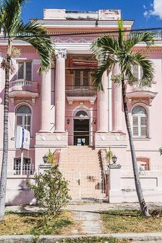 Amazing Cheap Honeymoon Ideas For Your Rest ★ cheap honeymoon ideas vedado cuba architecture Cheap Honeymoon, All Inclusive Honeymoon, Honeymoon Ideas, Beach Themes, Places To See, Rest, Mansions, Architecture, World
