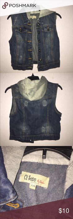 Jean Vest Hoodie • Dark Blue Jean Vest • Has a grey hoodie • Clean. Any other questions, feel free to comment below :) NOTE: Anything unsold on my profile by 10/20 will be donated! Also everything will be washed & ironed before being shipped. ci sono by coraline Jackets & Coats Vests