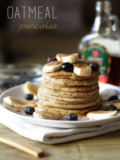 Como fazer panquecas de aveia de forma rápida, simples e saudável | How to make simple, easy and healthy oatmeal pancakes. Recipe and video