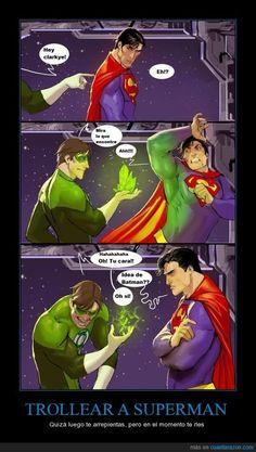 TROLLEAR A SUPERMAN