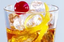 Classic Old-Fashioned Cocktail - Maximilian Stock Ltd . / Photolibrary / Getty Images