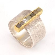 Todd Reed - Ring, 18k Gold and Sterling Silver with 2.8 ct 3mm Raw Cube Diamonds with Tapered Shank