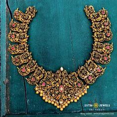 Gold Sleek Paisley Choker - New Arrivals Antique Jewellery Designs, Gold Jewellery Design, Antique Jewelry, Mango Mala Jewellery, Gold Jewelry Simple, Long Necklaces, Diamond Choker, Gold Accessories, Chocker