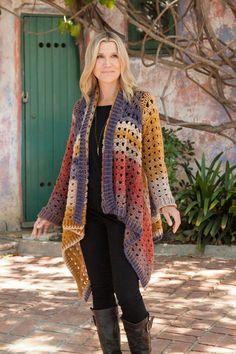 Annie's Autumn Glow Crochet Pattern Collection 2017 – Harika El işleri-Hobiler Crochet Coat, Crochet Jacket, Crochet Cardigan, Crochet Granny, Crochet Shawl, Crochet Clothes, Crochet Hooks, Mode Crochet, Crochet World