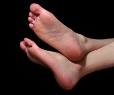 Cracked heels are most common problem found in many people which ranges from…