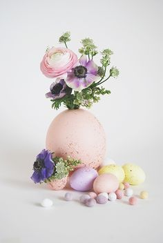 "We're sure you have an ""Easter Craft Ideas"" Pinterest board going by now, yes? Every time we login to pin we see a flood of Easter ideas. Since it's just a couple of weeks away, we're going to be sharing a few stand out ideas worth pinning, and making this year. Let's start with this pretty …"