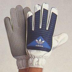 Adidas, Goalkeeper, Football Shirts, Gloves, Soccer, Schumacher, Training, Design, Hs Sports