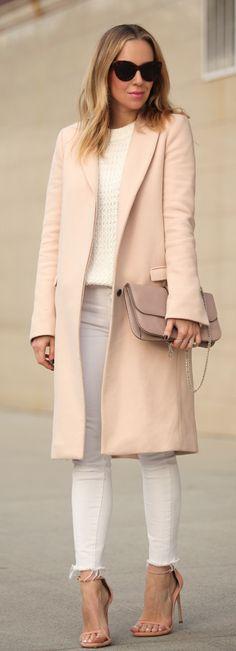 Helena Glazer is wearing a blush pink coat from Zara