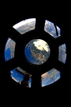 Hello Earth! | International Space Station | Credit: NASA/JSC, U.S. Astronaut Scott Kelly Release Date: August 27, 2015