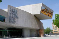 MAXXI: o museu vanguardista do século XXI e o legado arquitetônico de Zaha Hadid - romapravoce