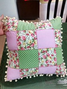 Patchwork Cojines Ideas 18 Ideas For 2019 - Stofftiere Crochet Cushions, Sewing Pillows, Diy Pillows, Decorative Pillows, Shabby Chic Pillows, Throw Pillows, Pillow Crafts, Fabric Crafts, Sewing Crafts