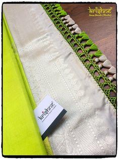 Wedding Silk Saree Tassel Kuchu from Krishne Tassels Saree Tassels Designs, Saree Kuchu Designs, Silk Saree Blouse Designs, Blouse Neck Designs, Rangoli Designs, Silk Saree Kanchipuram, Wedding Silk Saree, Simple Sarees, Indie