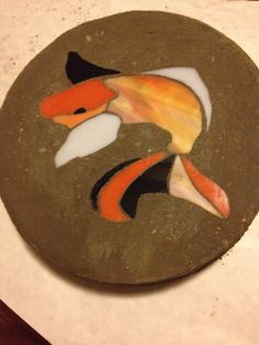 Koi Stained Glass Stepping Stone on Etsy, $15.00 Mosaic Stepping Stones, Garden Stones, Koi, Stained Glass, Arts And Crafts, Gardens, Unique Jewelry, Handmade Gifts, Vintage