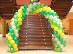 Resultado de imagen para decoracion de graduacion con globos