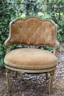 Pretty little slipper chair