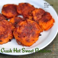 Smashed Sweet Potatoes-Spicy, sweet, crunchy outside - These are absolutely the best way I've had sweet potatoes. So yummy. Everyone should try making sweet potatoes this way! Side Dish Recipes, Vegetable Recipes, Vegetarian Recipes, Cooking Recipes, Healthy Recipes, Cooking Tips, Think Food, I Love Food, Veggie Dishes