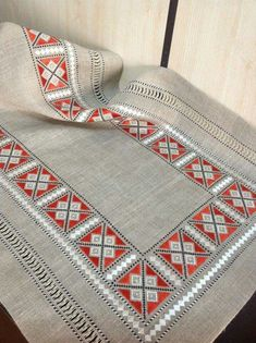 where can i buy linen tablecloths Checkered Tablecloth, Vinyl Tablecloth, Vintage Tablecloths, Round Tablecloth, Hardanger Embroidery, Cross Stitch Embroidery, Hand Embroidery, Embroidery Patterns Free, Embroidery Designs