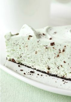 Grasshopper Pudding Pie – Fluffy and minty with a smattering of chocolate, our Grasshopper Pudding Pie will have everyone hopping to the dessert table for a delicious treat.