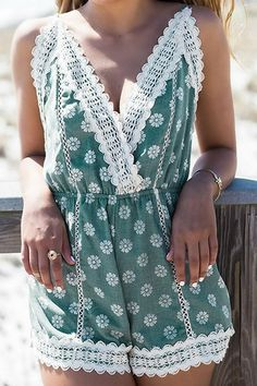 Lace Splicing Floral Print Backless Romper http://www.zaful.com/lace-splicing-floral-print-backless-romper-p_49851.html?lkid=1407