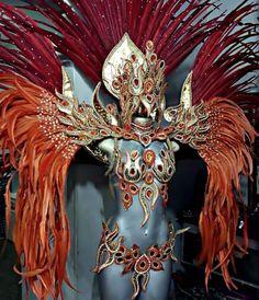 I'd look so majestic AF Showgirl Costume, Burlesque Costumes, Fantasy Costumes, Dance Costumes, Trinidad Carnival, Caribbean Carnival, Carnival Outfits, Rio Carnival Costumes, Carnival Girl