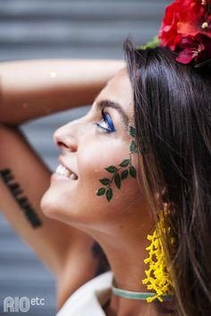 RIOetc | Paixão+pelo+carnaval+tatuada+em+todo+o+país