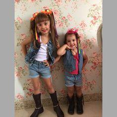 Instagram media docelaco - Hoje tem #arraialdocelaco na escola! Flores juninas #novidade (não é chapéu)