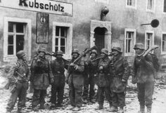 This photo represents the team of snipers belonging to the 1st Fallschirmjager Division