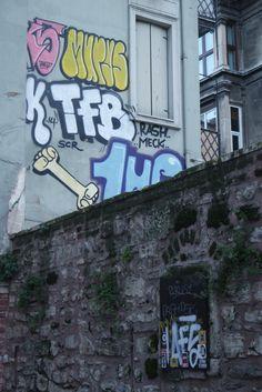 #StreetArt #Sticker #Istanbul #OWLY #Graffiti #Murys #1UP #Rash #Meck #TFB #Kripoe