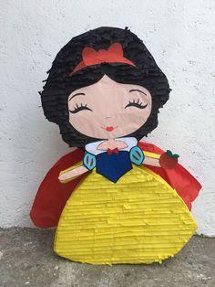 47 ideas birthday girl princess theme boys for 2019 Princess Pinata, Disney Princess Birthday Party, Princess Theme, Mum Birthday Gift, 1st Birthday Girls, Cake Birthday, Birthday Bash, How To Make Pinata, Pink Wallpaper Girly