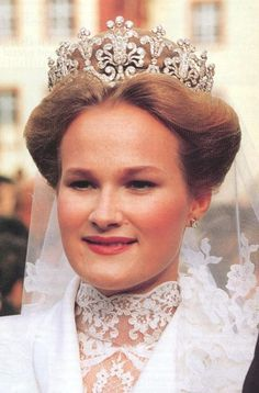 Princess Marie of Wied in 1993 upon her marriage to the heir Duke of Württemberg. This tiara previously belonged to Queen Charlotte of Württemberg and has been worn in numerous Württemberg weddings.