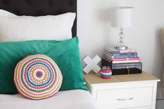 Crochet circle cushion - free pattern - Mandy's Mega Mandala