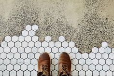 LOVEgreat idea to combine concrete floor and small mosaic tiles that go up to to the bar top Floor Patterns, Tile Patterns, Textures Patterns, Hexagon Tiles, Mosaic Tiles, Fireclay Tile, Polished Concrete, Cafe Design, House Design