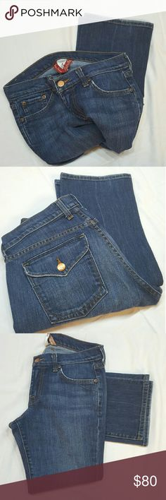 Lucky Brand straight leg jeans Lucky Brand straight leg jeans in great condition. Size 27 (4)  **1-1bin  ( storage note to self) Lucky Brand Jeans Straight Leg