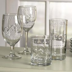 Awww they are Fleur de lis glasses! WHO DAT!!!..lol
