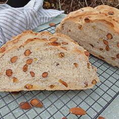 Semolina notenbrood ~ bread with nuts ~ www. Bread, Food, Sheet Music, Brot, Essen, Baking, Meals, Breads, Buns