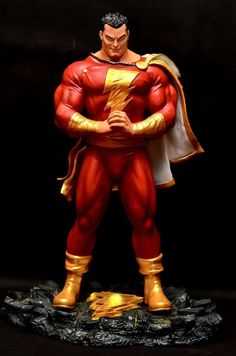 I'm still waiting for Sideshow to give me a version of Shazam. Hopefully the Alex Ross Shazam. Captain Marvel Shazam, Mary Marvel, Shazam Comic, Marvel Comics, Arte Dc Comics, Marvel Vs, Comic Book Characters, Comic Character, Comic Books Art
