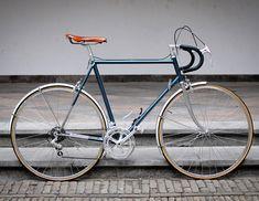 "1,220 gilla-markeringar, 9 kommentarer - Vintage Road Bikes (@vintageroadbikes) på Instagram: ""78' Koga Miyata 'Gents Touring'  ___ ___  : velospace ___ ___ #oldbike #vintagebike #pedalroom…"""