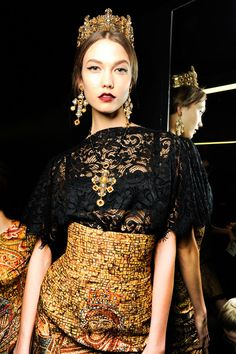 Karlie Kloss in 20 make-up looks: Backstage at Dolce & Gabbana Fall/Winter 2013-2014