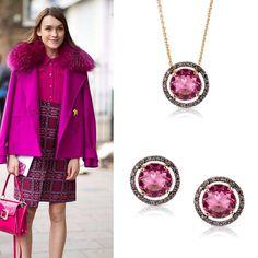 A @vogue flagrou a cor rosa colorindo as produções das fashionistas nas ruas de Milão, durante o #MFW. Do rosa clarinho ao pink, a tonalidade alegrou as produções, tanto nos acessórios quanto em looks monocromáticos.Mais uma tendência diva pra você arrasar com as joias Divory! #trendalert #pinkalert #semijoias #fashion #glam #jewelry #joias #lovedivory #lookdodia #divoryeuuso