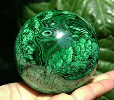 Malachite is a major heart opener, so if you're looking for love work with this green beauty! Cool Rocks, Beautiful Rocks, Minerals And Gemstones, Rocks And Minerals, Fractal, Mineral Stone, Rocks And Gems, Stones And Crystals, Gem Stones