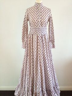 VINTAGE 60s LAURA ASHLEY PURPLE FLORAL PRAIRIE DRESS MADE IN WALES