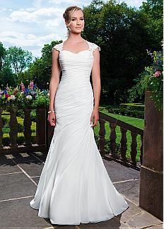 Glamorous Chiffon Queen Anne Neckline Mermaid Wedding Dresses