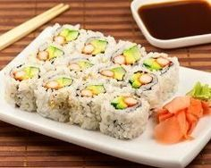California rolls or inverted maki - Cuisine Asiatique - Asian Recipes California Rolls, Sushi Recipes, Asian Recipes, Japanese Recipes, Healthy Sushi Rolls, Sushi Co, Sweet Potato Recipes Healthy, Sushi Time, Exotic Food