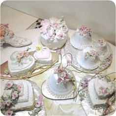 1/12 mini wedding cakes....by Anne Roder