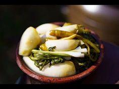 K Food, Food Menu, Korean Food, Korean Recipes, Kimchi, Green Beans, Cabbage, Garlic, Appetizers