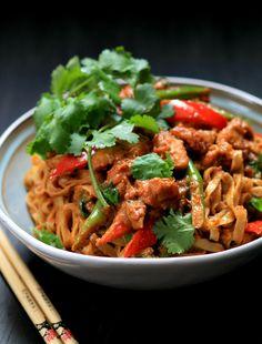 http://www.mybarecupboard.com/2014/03/chicken-satay-noodles.html